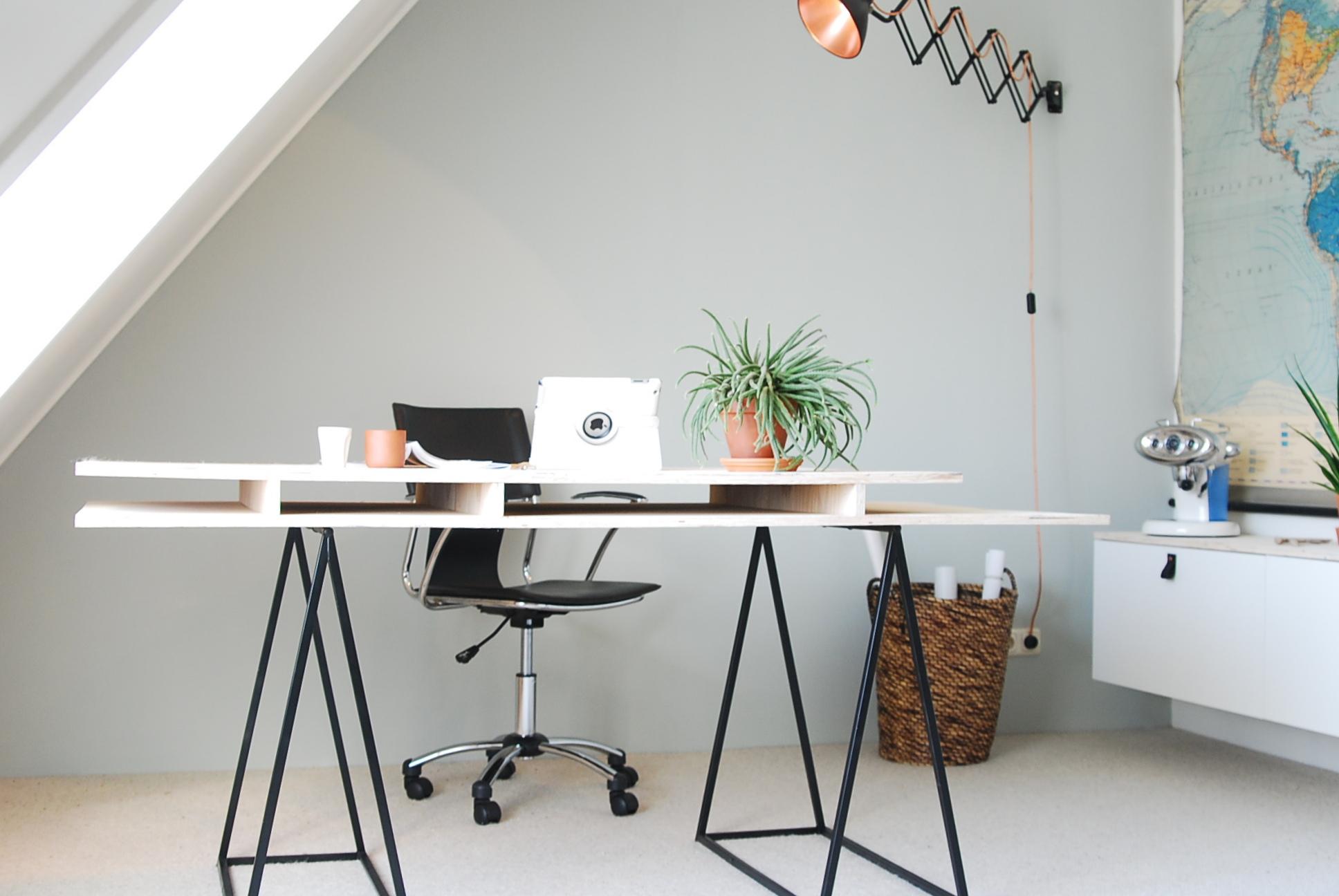 Redenen voor echte planten op kantoor bureau guashatherapeut